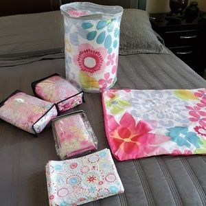 Pretty Girl's Twin Bed Set